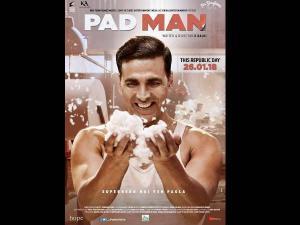 WHATT: ऐसे सुपरहीरो बनेंगे अक्षय....दूसरों की फिल्में चुरा चुरा के?