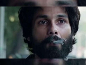 कबीर सिंह के लिए शाहिद कपूर 1 दिन में पी जाते थे 20 सिगरेट, बदबू हटाने के लिए घंटो तक नहाया करते थे