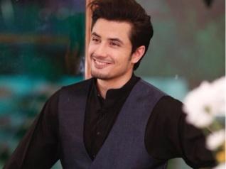 ''मैं आमिर खान नहीं हूं.. कि एक साल में एक ही फिल्म करूं....''