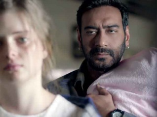 OUCH.. 'शिवाय' की 10 निगेटिव बातें.. 'सुपरहीरो' अजय देवगन की भूल!