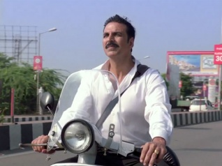BOX OFFICE: 'जॉली एलएलबी 2'.. 100 करोड़ क्लब में अक्षय कुमार की सातवीं फिल्म!