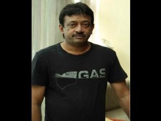 राम गोपाल वर्मा ने बाहुबली 2 को कहा 'डायनासोर फिल्म'..सुपरस्टार्स को साधा निशाना