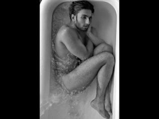 #Viral: शाहरूख - सलमान - आमिर की ये NUDE तस्वीरें देखी हैं?