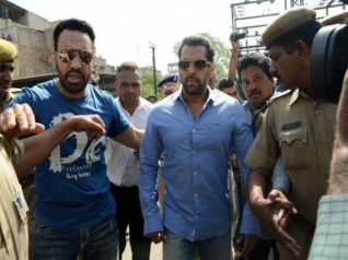 Shocking...सलमान खान के कारण मिली गैंगरेप की धमकी..FIR दर्ज..
