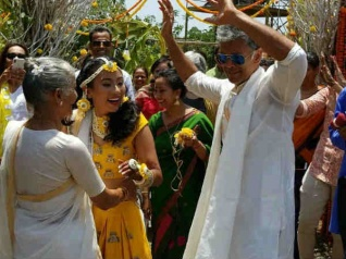52 साल का हैंडसम दूल्हा, 27 साल की दुल्हन, वायरल हो गई मिलिंद-अंकिता की शादी.. देखें Pics