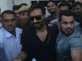 अजय देवगन की मां ICU में भर्ती..बादशाहो की शूटिंग छोड़ लौटे मुंबई