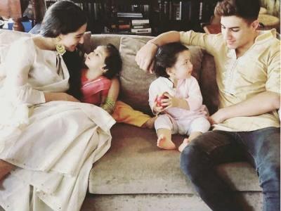 Just In:  तैमूर और इनाया की पहली राखी, सोहा अली खान ने शेयर की खान भाई बहनों की रक्षाबंधन तस्वीरें