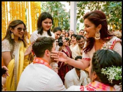 परिणीति ने शेयर की प्रियंका की शादी की Unseen Pics, निक जीजू को ऐसे लगाई हल्दी