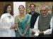 बॉलीवुड स्टार्स के साथ अटल बिहारी वाजपेई, देखें उनकी 10 शानदार अनदेखी तस्वीरें