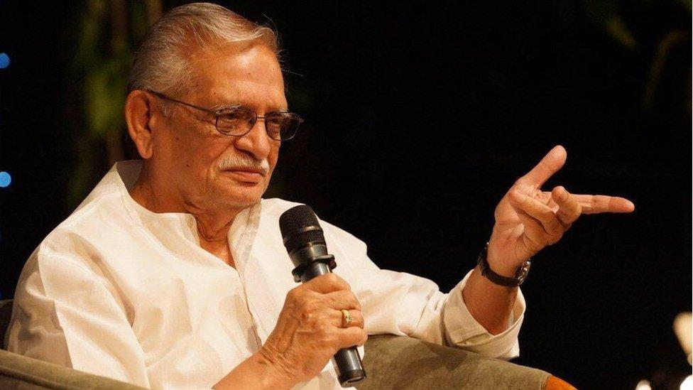 नेहरू जैसी अंग्रेज़ी नहीं बोलना, लिखना हैः गुलज़ार