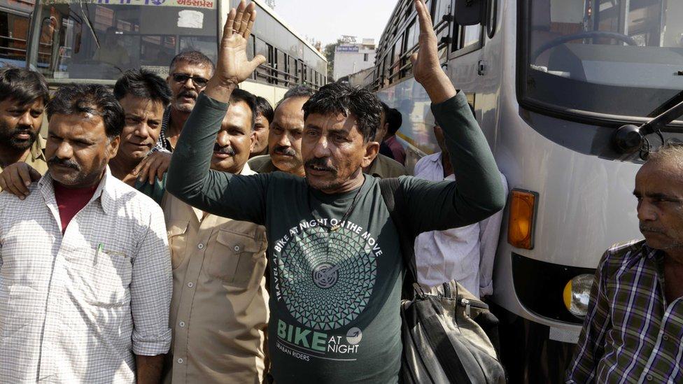 गुजरात में रिलीज़ हो पाएगी भंसाली की 'पद्मावत'?